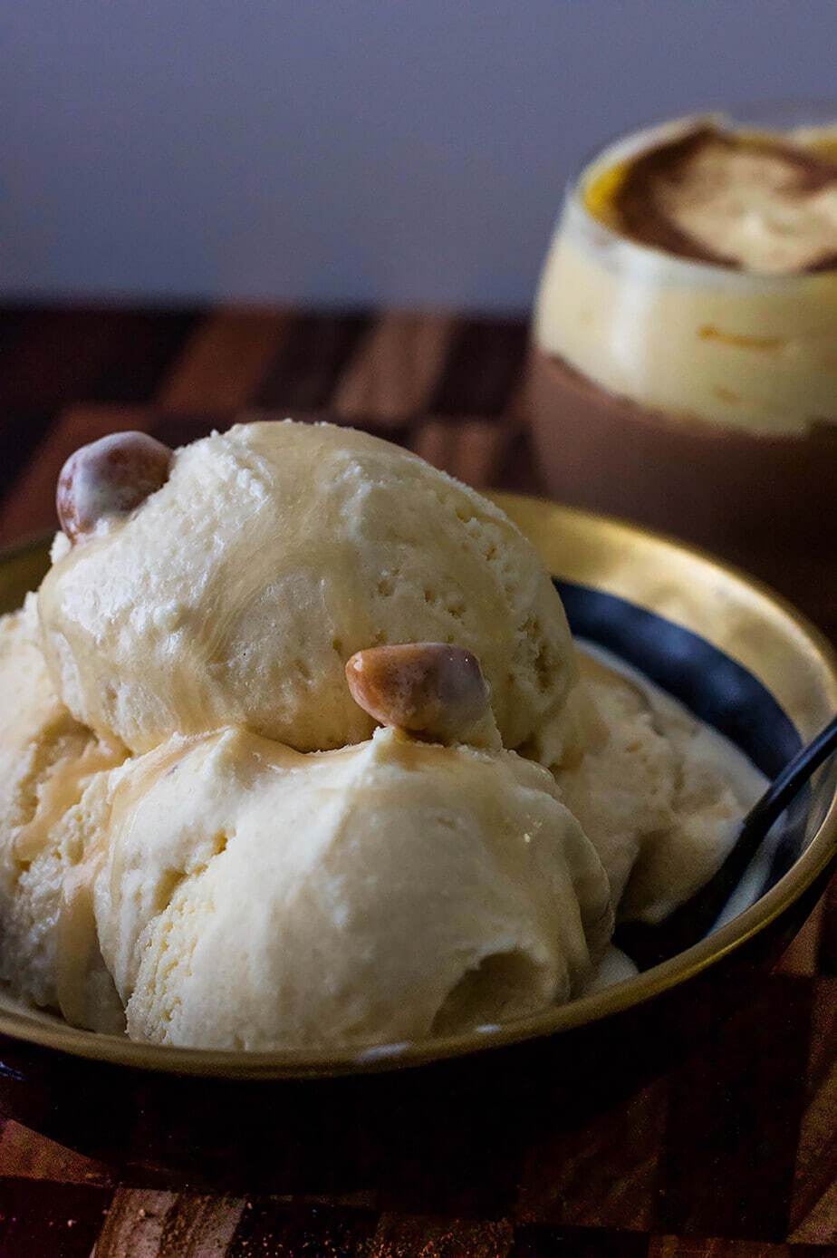 Lush Macadamia Keto Ice Cream – Low Carb